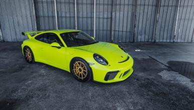 Este Porsche 911 GT3 en verde ácido te va a dividir el alma en dos