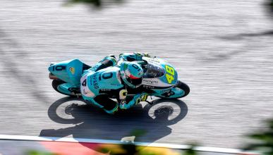 carrera piloto curva circuito sachsenring