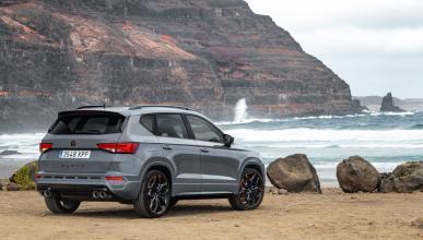 SUV deportivo lujo altas prestaciones exclusivo fibra carbono
