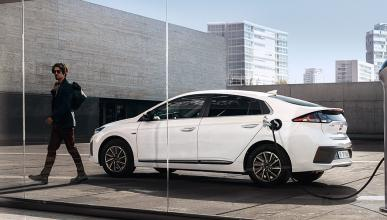 Hyundai Ioniq eléctrico carga