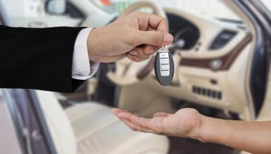 Informes de la DGT: qué puedes pedir antes de comprar un coche de segunda mano