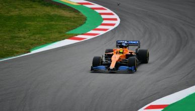 McLaren MCL35 en Barcelona