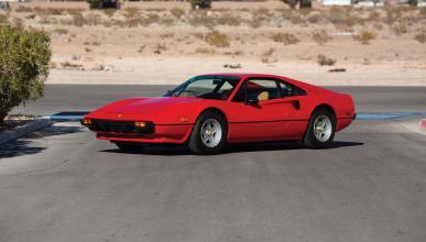 A subasta un raro Ferrari 308 GTB Vetroresina de 1976 con carrocería de fibra de vidrio