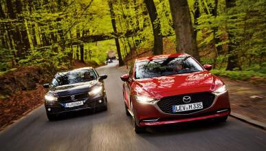 Mazda 3 Skyactiv-X Vs Honda Civic 1.5 VTEC Turbo