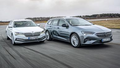 Comparativa del Opel Insignia Sports Tourer vs Skoda Superb Combi