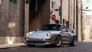 5 coches clásicos garaje Porsche 911 GT2 993
