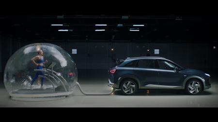 El reto de Mireia Belmonte con el Hyundai Nexo