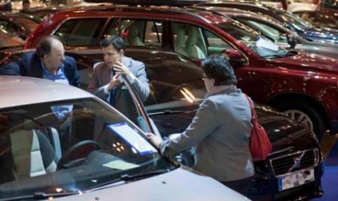 El autómovil cierra el noviembre más negro de la historia con una caída del 25,5%