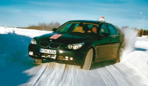 Los conductores españoles 'pasan' de los neumáticos de invierno