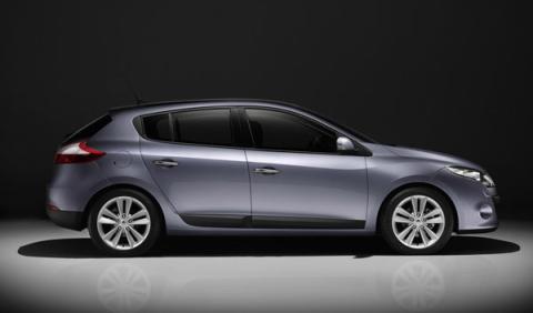 Los 20 coches más vendidos en el año 2010 han sido...