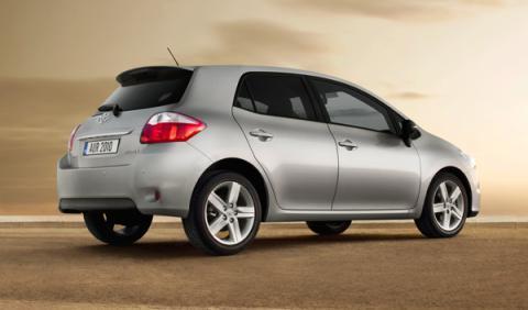 Fotos: El Toyota Auris luce nueva imagen en 2010