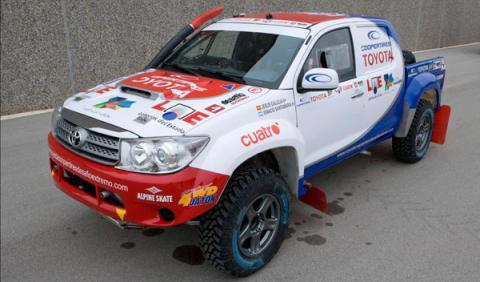Fotos: Jesús Calleja correrá el Dakar 2011