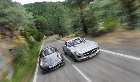 Mercedes SLS AMG Porsche 911 Turbo S