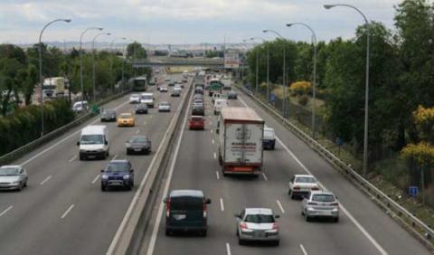 Limite velocidad 130 km/h autopista DGT