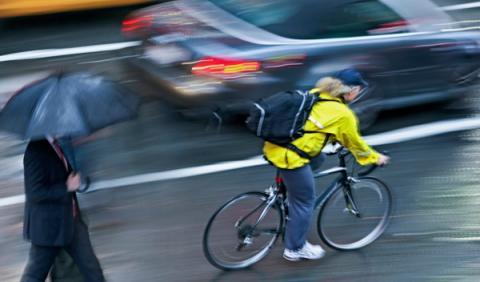 La DGT presenta nuevas medidas de seguridad vial para el periodo 2011-2020