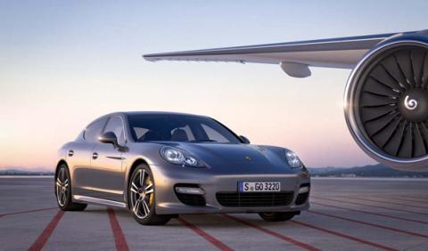 Porsche Panamera Turbo S delantera