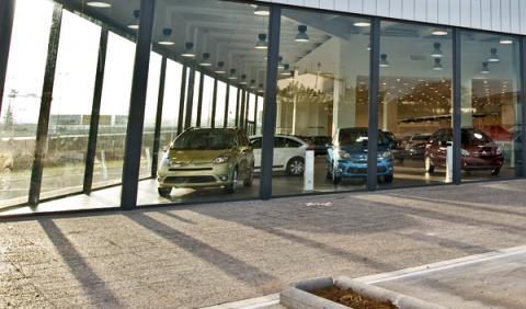 Los coches usados casi duplicaron a los nuevos en 2010