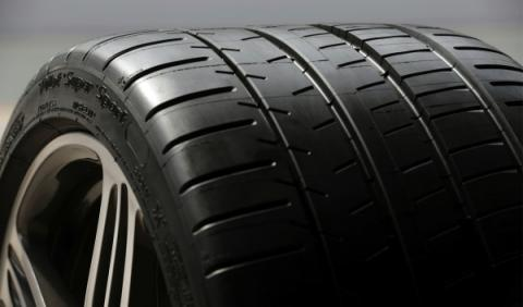 Michelin desaprueba el Renove de Neumáticos