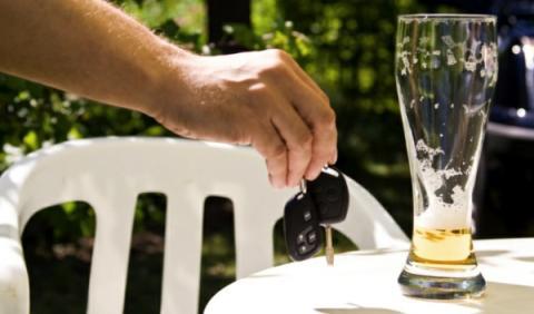 Prohibido conducir con tasa de alcoholemia superior al 0%