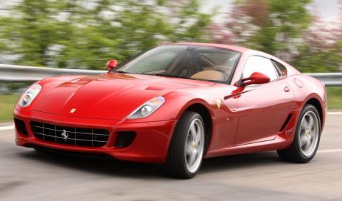 Ferrari 599 Fiorano en carretera