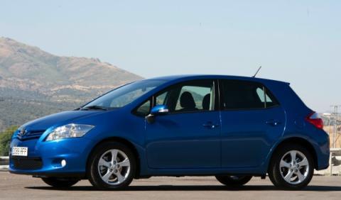 toyota auris gama 2011 azul delantera