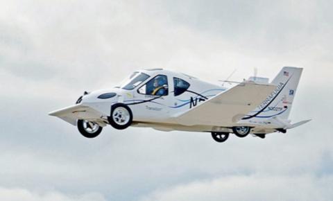El coche volador Transition: ¿ruedas o vuelas?