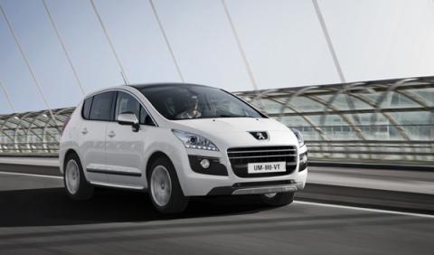 Peugeot 3008 Hybrid4 conducción