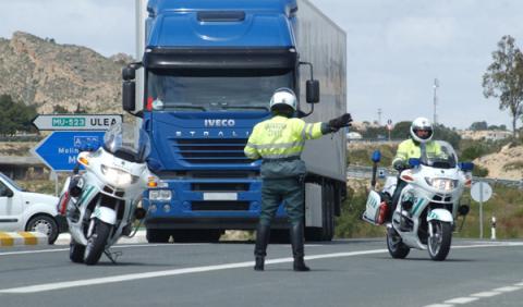 Campaña de control de la DGT en las carreteras secundarias