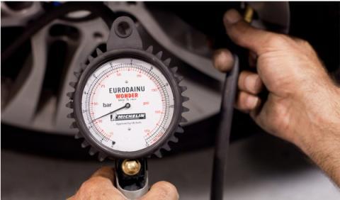 campana-michelin-mantenimiento-numaticos-presiones