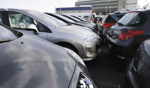 Los precios de los seguros de coche se mantienen estables