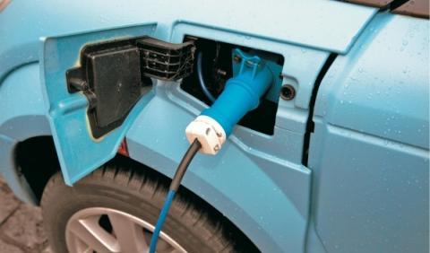 Gobierno: una recarga eléctrica en cada 20 plazas de garaje