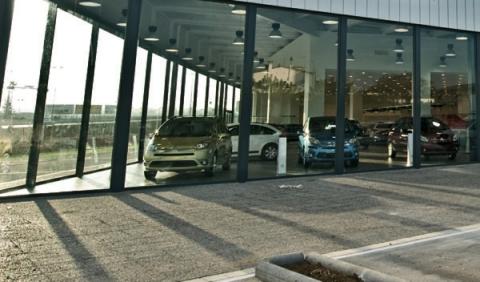 Las ventas de coches en enero crecen un 2,5%