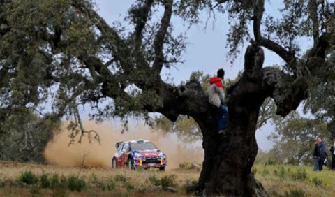 Hirvonen es líder tras reanudarse el Rally de Portugal 2012