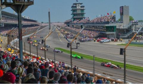 De principio a fin, la Indy 500 es puro espectáculo