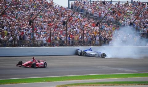 Accidente de Takuma Sato en Indianápolis 500