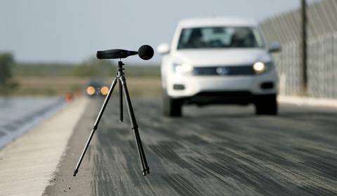 Test de neumáticos ruido