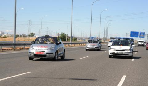 Platero, el coche que conduce solo, viaja 100 km por Madrid