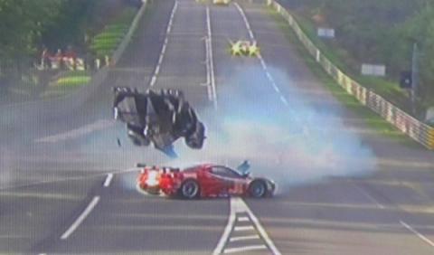 Accidente vuelco Davidson Toyota 24 horas Le Mans 2012