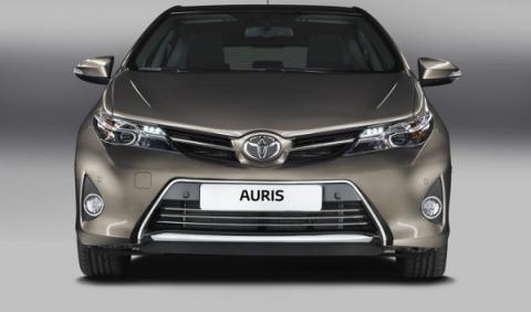 Nuevo Toyota Auris, frontal