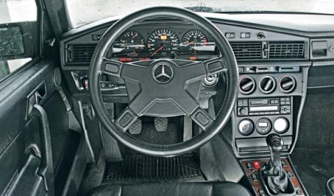 Mercedes 190 E 2.5 16 Evo II interior