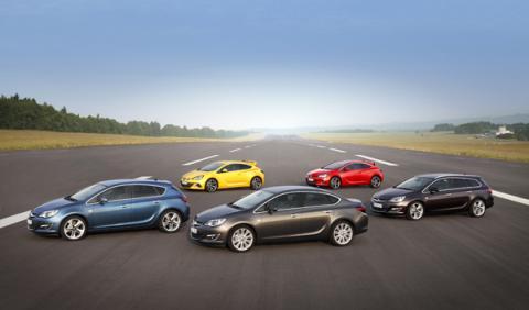 Opel-Astra-2012-gama-completa