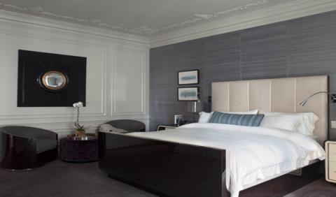 Zona de descanso de la habitación diseñada por Bentley