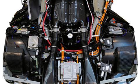 motor Ferrari F70