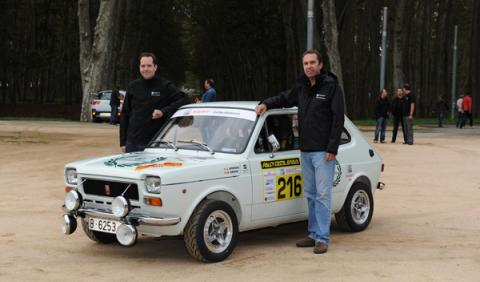 Seat 127 Equipo