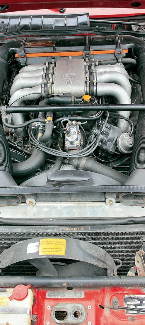 Motor Porsche 928