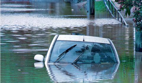 coches inundados