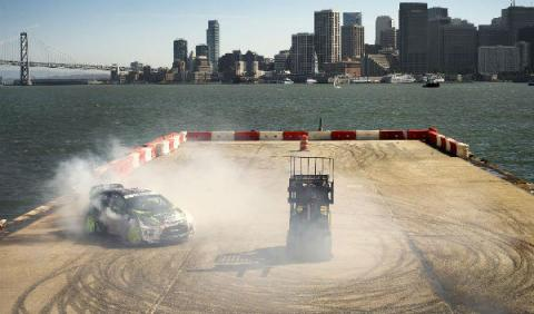 Ken-Block-Top-Gear-derrapada