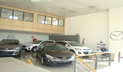 Centro Mazda