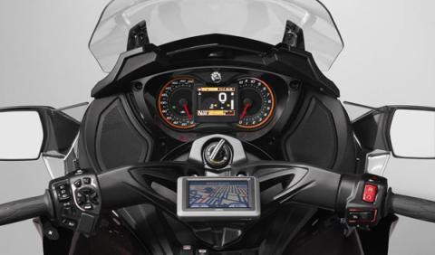 Can Am Spyder ST cuadro de mandos
