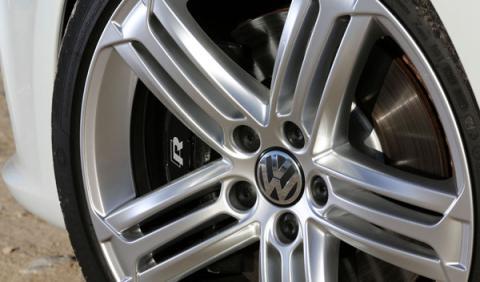 VW Golf R Cabrio llanta 19 pulgadas